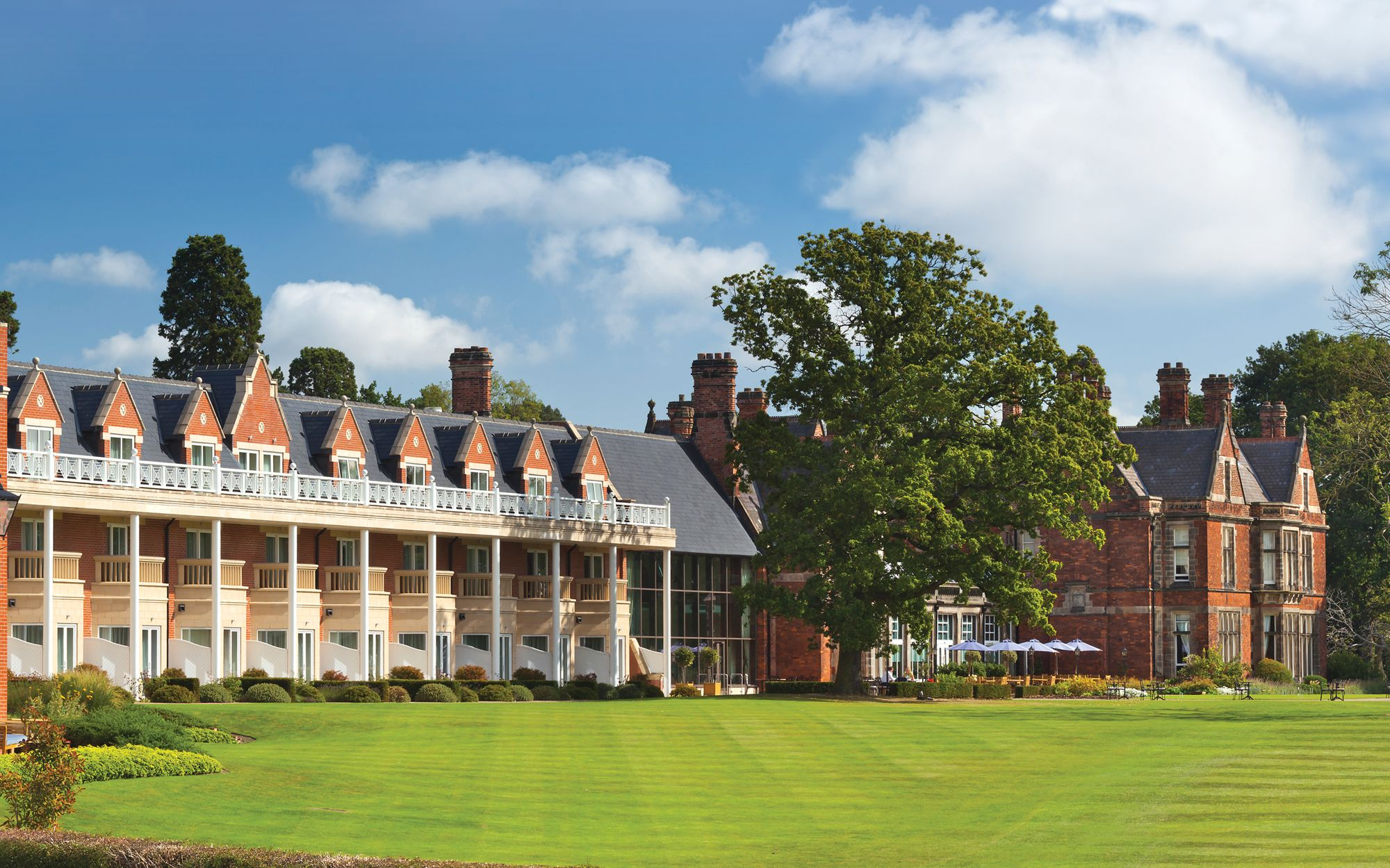 10% off gift experiences at Sir Christopher Wren Hotel
